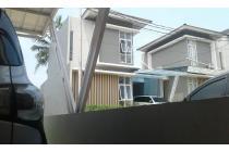 Dijual Rumah Bagus 3 Lantai di Gede Bage Bandung