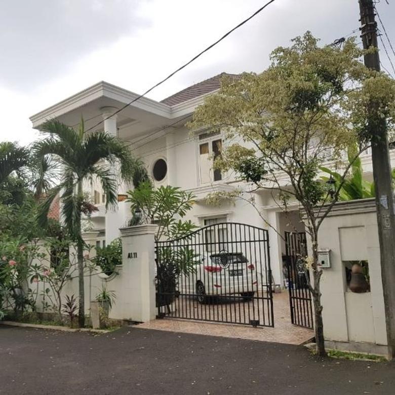 Rumah asri di Bukit Cirendeu Tangerang