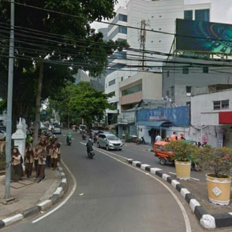 Dijual Gedung Strategis di Menteng, Jakarta Pusat