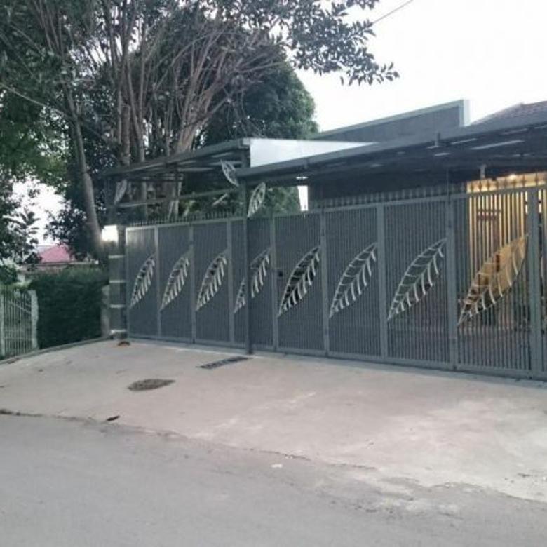 MEWAH Rumah Villa 2 lantai di lembang Cidadap 15mnt Setiabudi