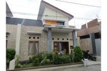 Rumah minimalis lingkungan cluster, daerah berkembang, bebas banjir