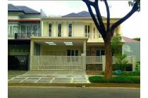 Royal Residence Jln Raya Utama Parkiran Luas plus Canopy Siap Huni New Gres
