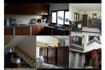 Rumah besar BU di Tangsel