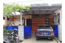 Rumah minimalis 2 lantai sebelah UT area Kampus di lingkungan asri