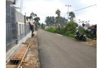 Jual BU Tanah Kavling Murah Sekalii. Sebrang Vila Enggal Lembang.