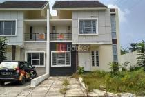 Dijual Rumah Hook 2 Lantai Di Taman Golf Residence, Sukajadi Batam