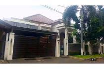 RUMAH MEWAH Siap Huni di PASAR MINGGU Jakarta Selatan