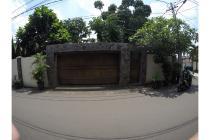 Bangka. Jakarta Selatan
