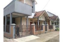 Dijual Rumah Hoek Strategis di Kiara Sari Bandung