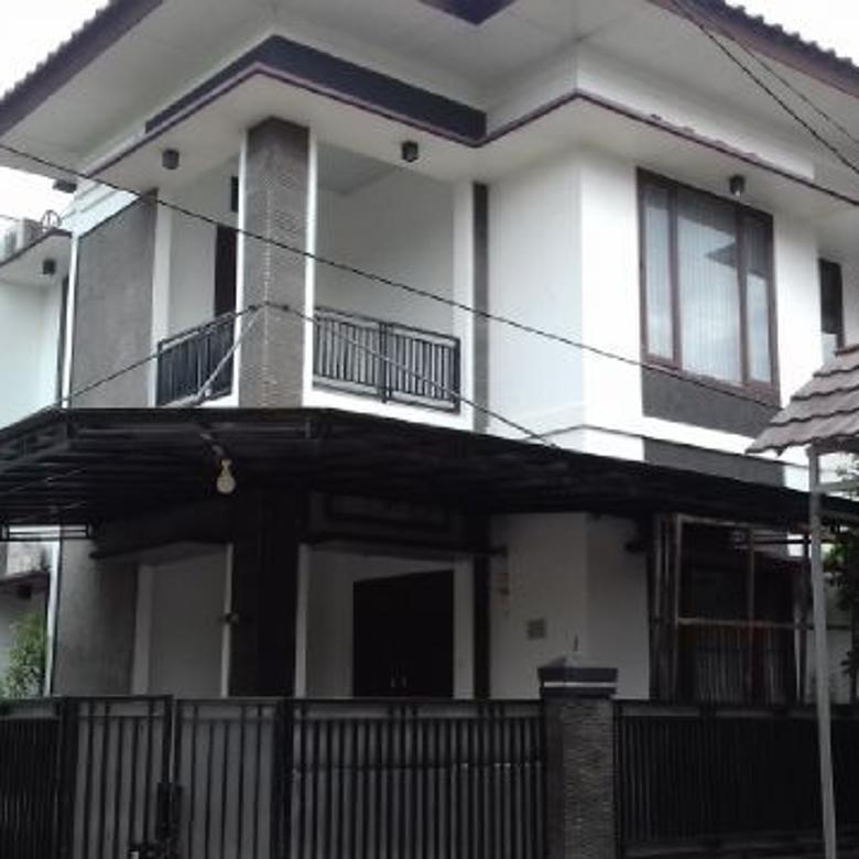 Rumah keren, 2 lantai di Cinere