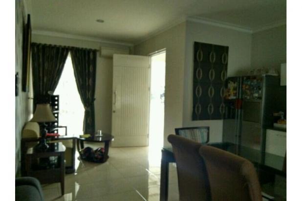 Dijual Rumah Mewah 2 lantai Di cibubur 7856673