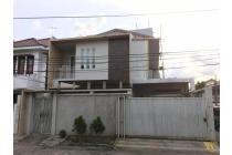 Rumah Hoek Di Green ville, Hadap Timur, ukuran 11 x 17 meter, SHM, Green ville, Jakarta Barat