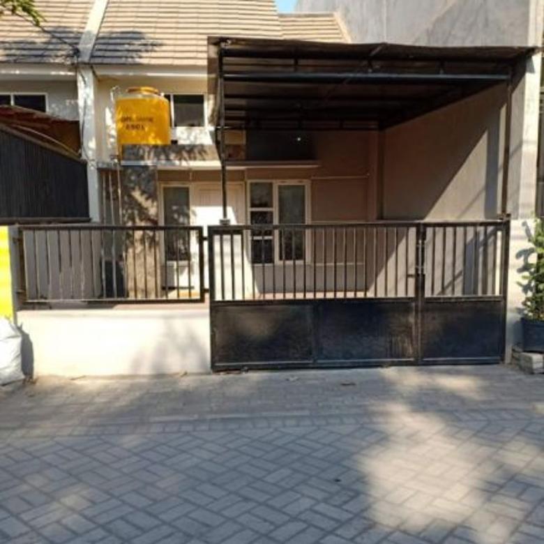 Rumah Nol Jalan second terawat Medokan Sawah belakangnya Taman