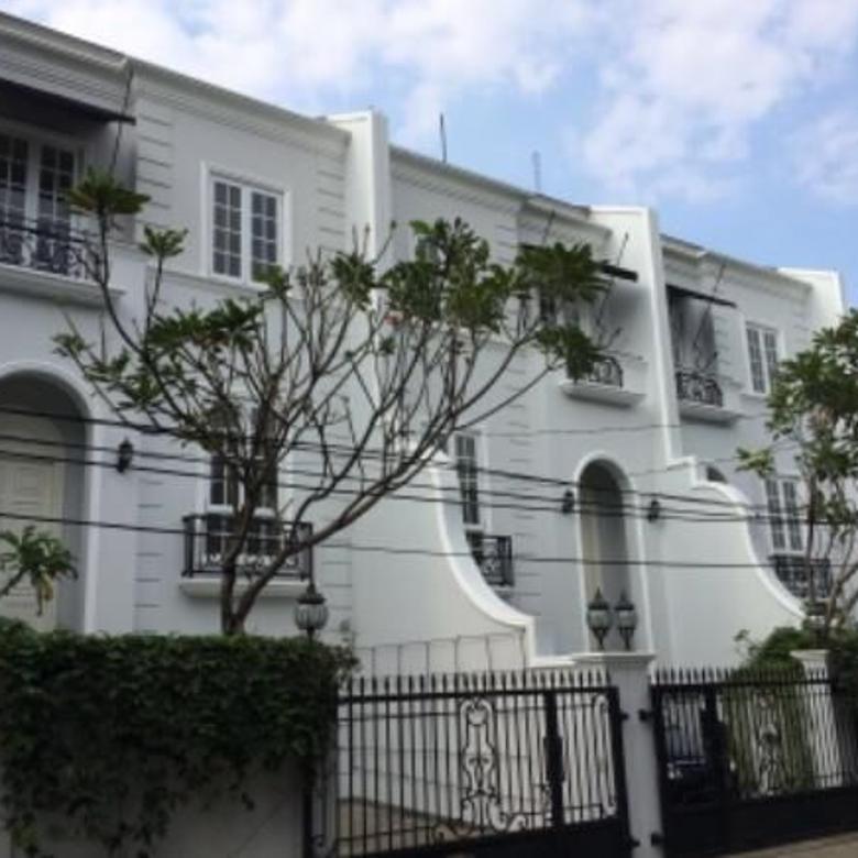 For Sale House at Cipete Gaharu 3,5 Floor IDR 7,5 Billion