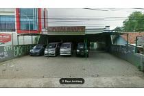 Ruang Usaha cocok untuk Waralaba dengan lahan parkir luas@ Jl Jombang Raya