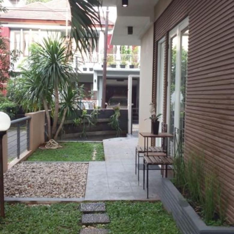 Dijual Rumah Di Senayan Utama, Bintaro, Tangerang