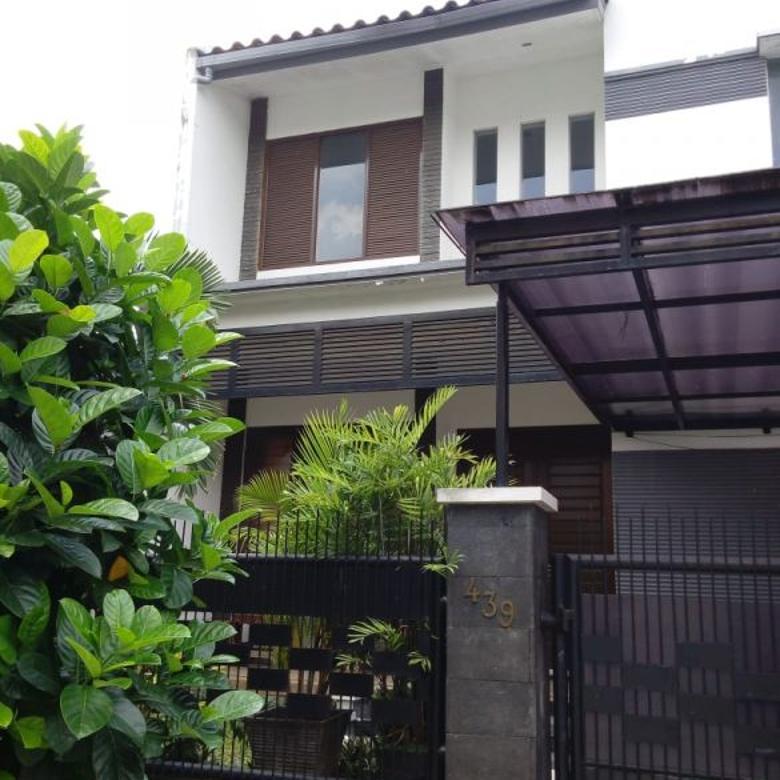 Rumah Asri & Nyaman, Belakang Living Plaza, Mega Cinere