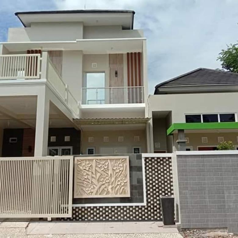 Bisa NEGO!! Rumah Mewah Pinggir Jalan dekat UNDIP Lokasi di Mulawarman II Banyumanik, Asri dan Nyaman