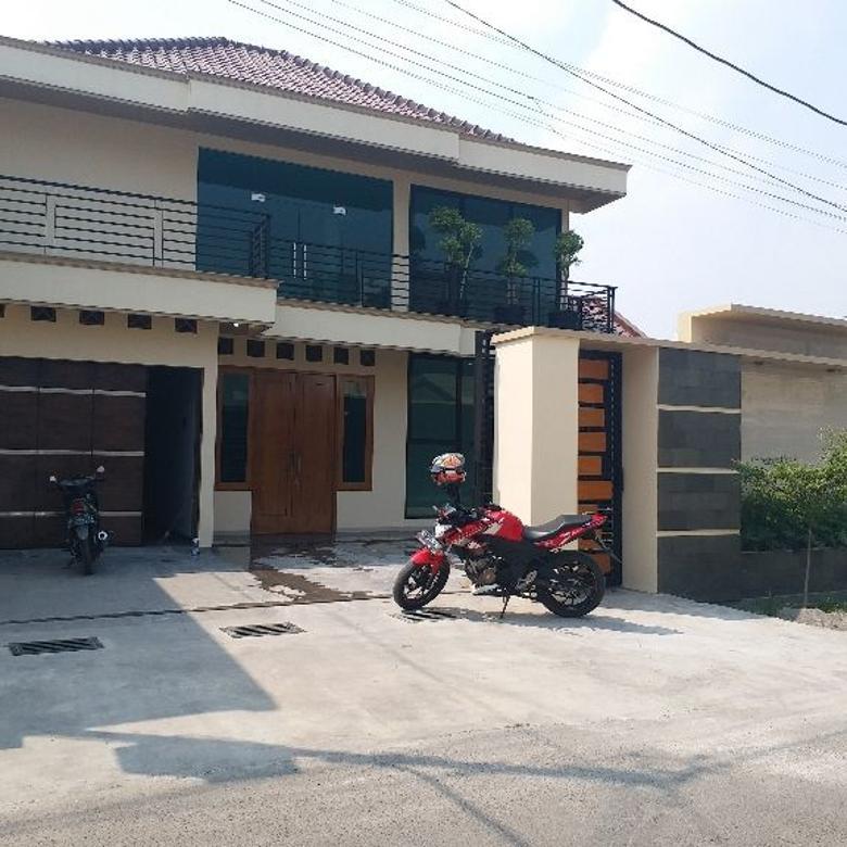 Rumah Baru  Mewah 1.5 Lt  Lokasi Premium Solo Kota