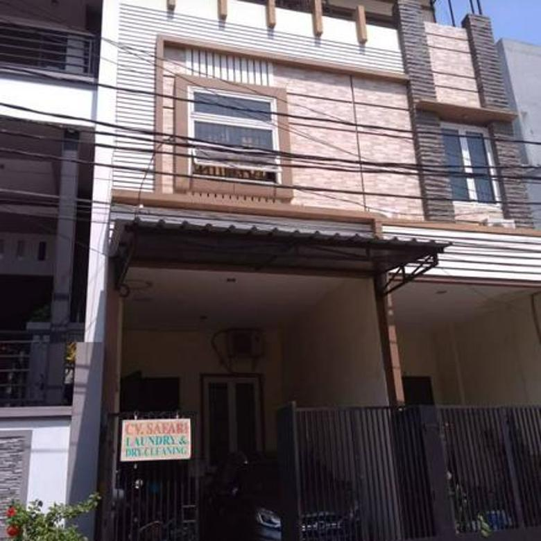 Rumah muara karang blok 3 jakut