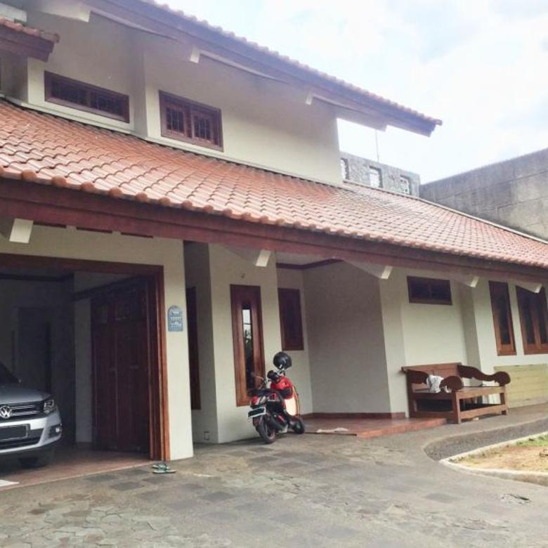 Rumah 2 Lantai di Perumahan Permata Hijau, Cidodol – Jakarta Selatan