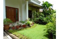 Dijual rumah di Menteng jl. Maluku lt 633 Kotak -lokasi Bagus