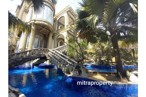 Rumah Mewah Type Classic di Sentul City