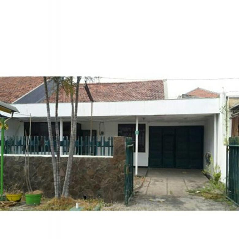 dijual rumah siap huni di Tenggilis Mejoyo Selatan dekat Ubaya