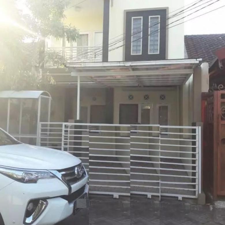 Rumah 2 Lantai Siap Huni  area Rungkut
