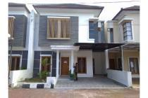 Dijual Rumah Mewah 2 Lantai LT 138 m2 Timur Jl Magelang Yogyakarta