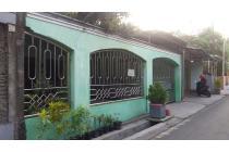 Rumah Kartasura halaman luas lingkungan tenang