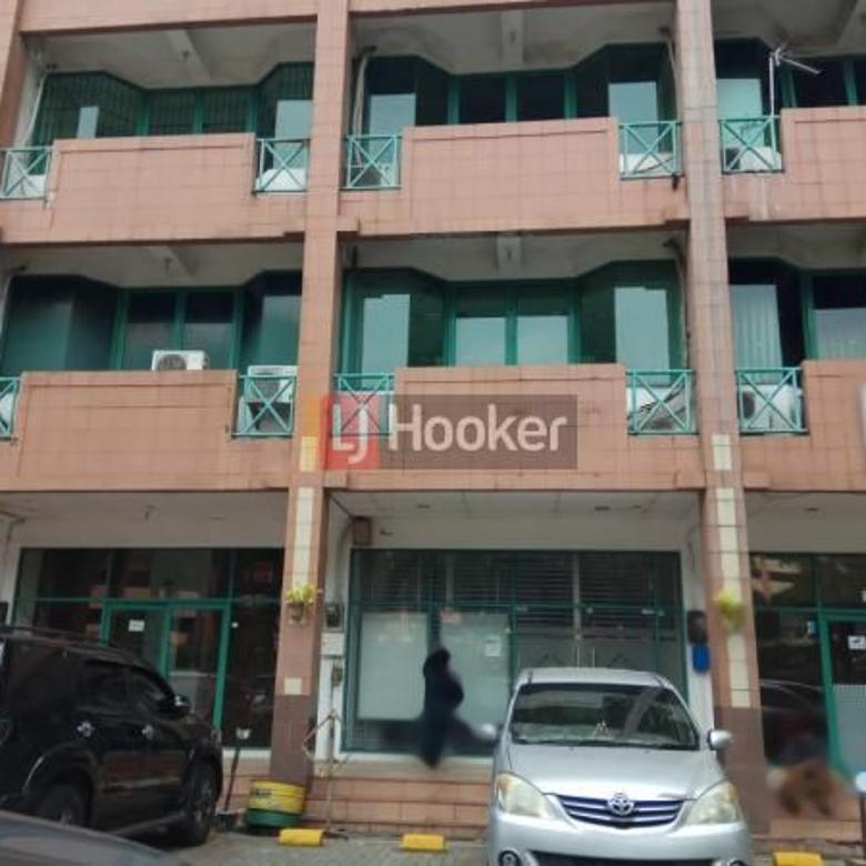Ruko 4 Lantai Di Graha Cempaka Mas, Area Jakarta Pusat