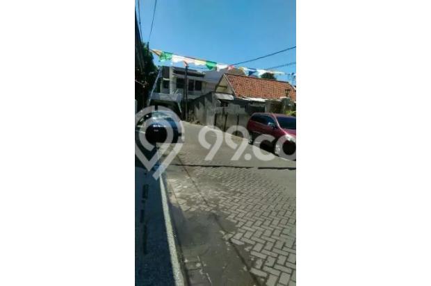 Rumah Lokasi Strategis 2lt Di Baratajaya 15726008