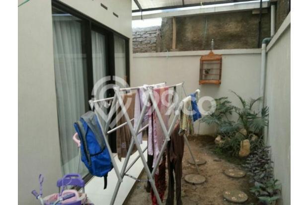 Rumah di lingkungan asri dan nyaman 9840521