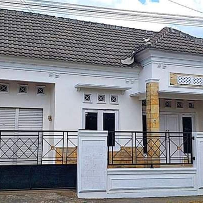Rumah Cantik di Lingkungan Apik Sidoarum Godean