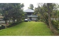 Dijual Rumah Villa, Kota Bandung
