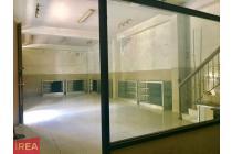 Ruang usaha layak pakai di Jl. Sumoharjo Sudiroprajan