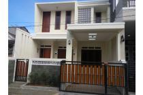 Rumah Baru, 2.5 Lantai, Asri, Nyaman & Tenang di Griya Cinere I
