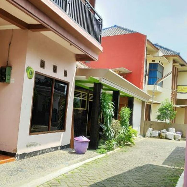 Rumah second sangat bagus 2 lantai murah dekat Terminal Batu