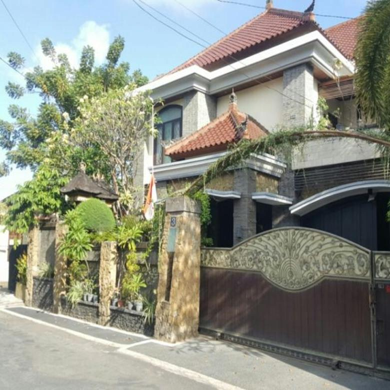 rumah mewah Dewi Madri renon dkt merdeka Drupadi Moh Yamin Pemuda Puputan