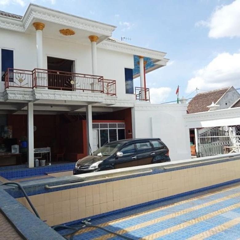 Rumah Murah Tanah Luas ada Kolam Renang di Tegalrejo Yogya