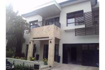 Rumah dengan Kolam Renang di Villas at Kebagusan, Jakarta Selatan