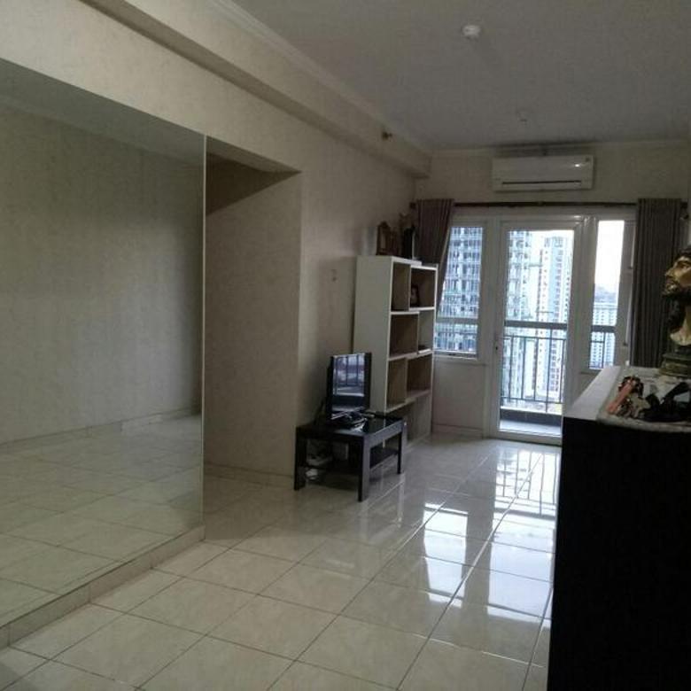 Apartemen Murah 3+1 BR Semi Furnish Lt 18 Lepas BU Banget Grand Palace Kemayoran