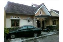 Rumah Strategis LT 111 M2, Dekat Kampus Universitas Teknologi Yogyakarta