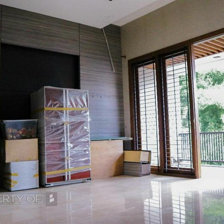 Rumah Siap Huni Strategis dan Harga Nego di Setra Duta Bandung