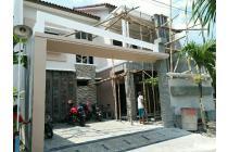 Rumah Mewah Gress Istimewa  2 lantai Banjarsari Solo Kota