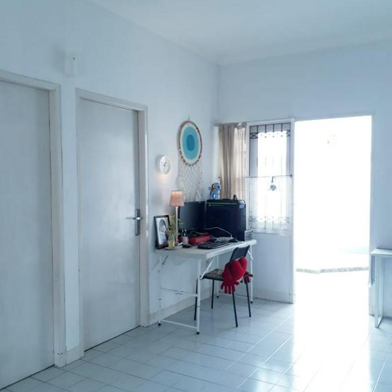 Rumah Cantik, Asri, Kondisi Bagus di Graha Bintaro, Bintaro Jaya