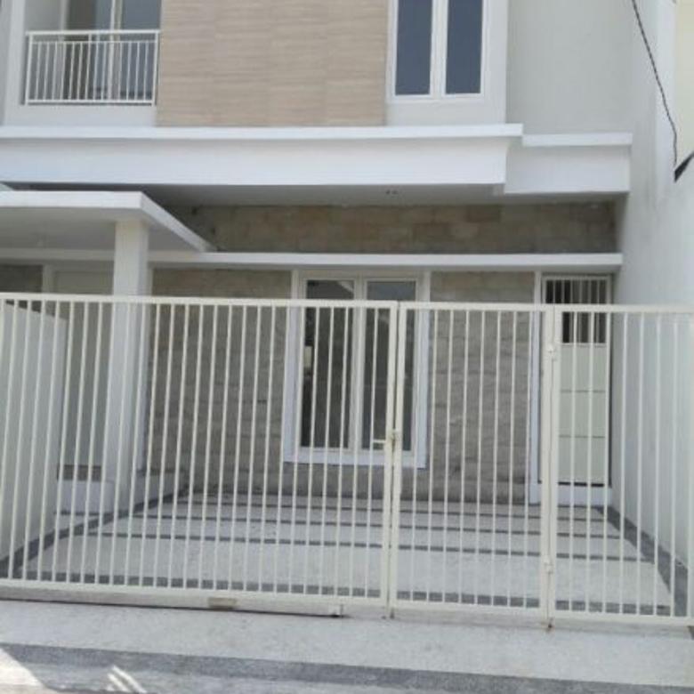 Dijual Rumah Baru 2 Lantai Minimalis Di Nirwana Executive Sura