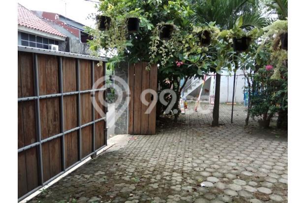 Villa Hijau Asri di Tengah Kota Jakarta Selatan. 15829536