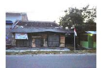 Tanah dan bangunan Tua jl. Solo - Purwodadi